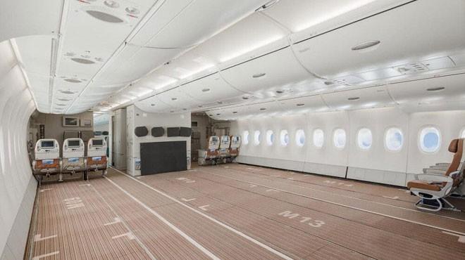 A380'İ KARGO UÇAĞINA DÖNÜŞTÜRDÜ